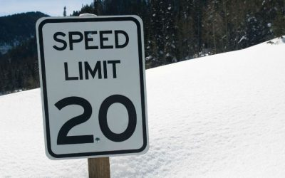 Welsh government calls for all residential roads to be 20mph