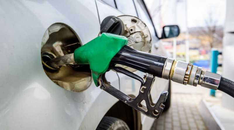 Rise in petrol lease cars drives up CO2 emissions