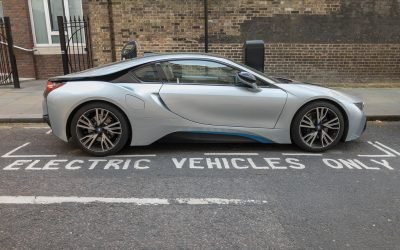 "Government urged to force ""zero emission mandate"" on car manufacturers"