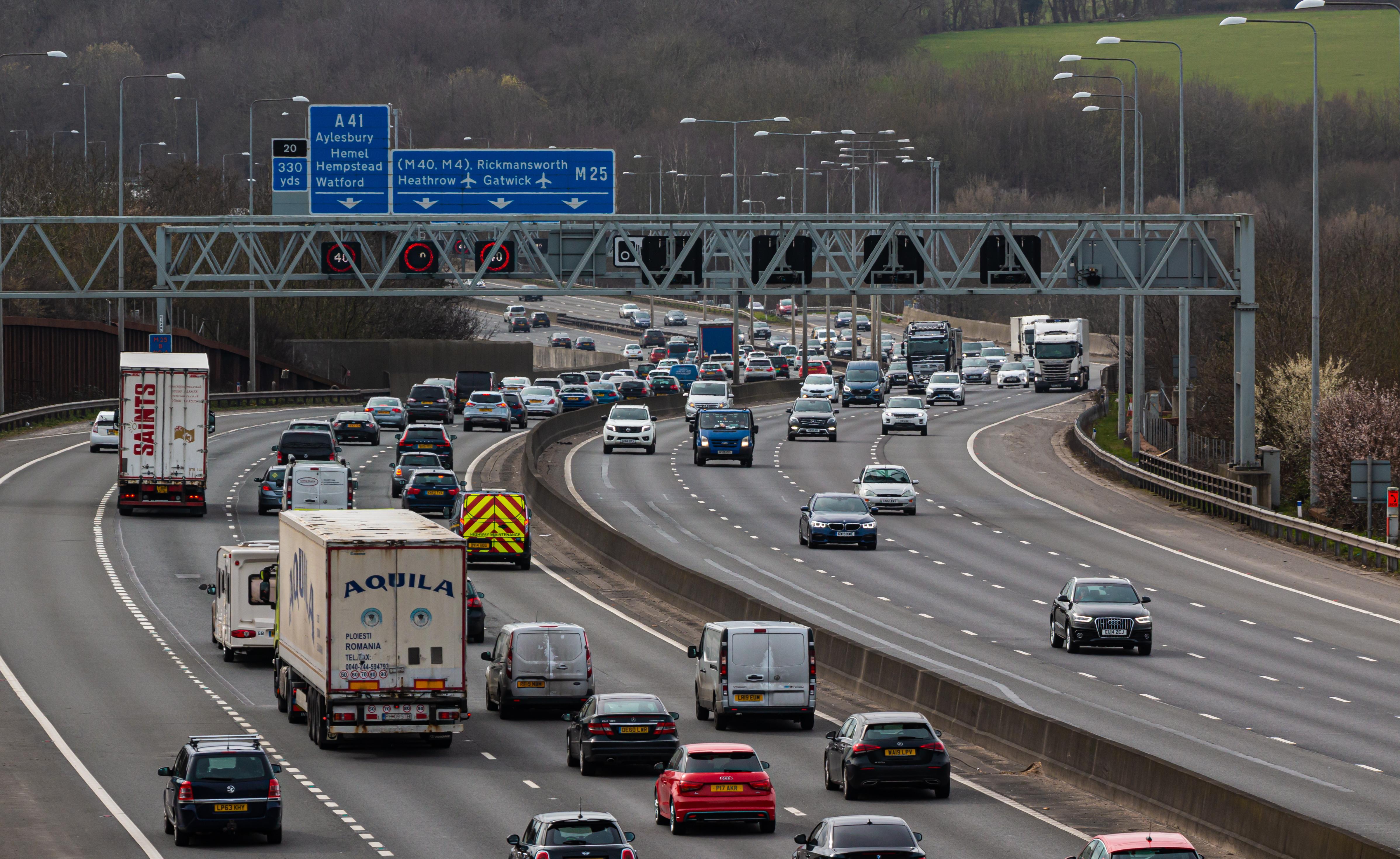 Smart motorways set to stay