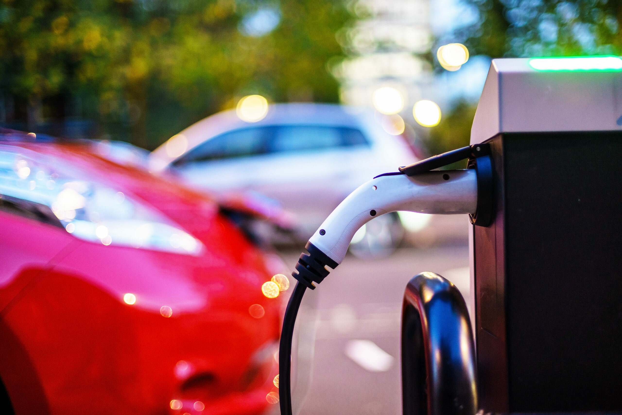 Electric vehicle grants slashed by £500