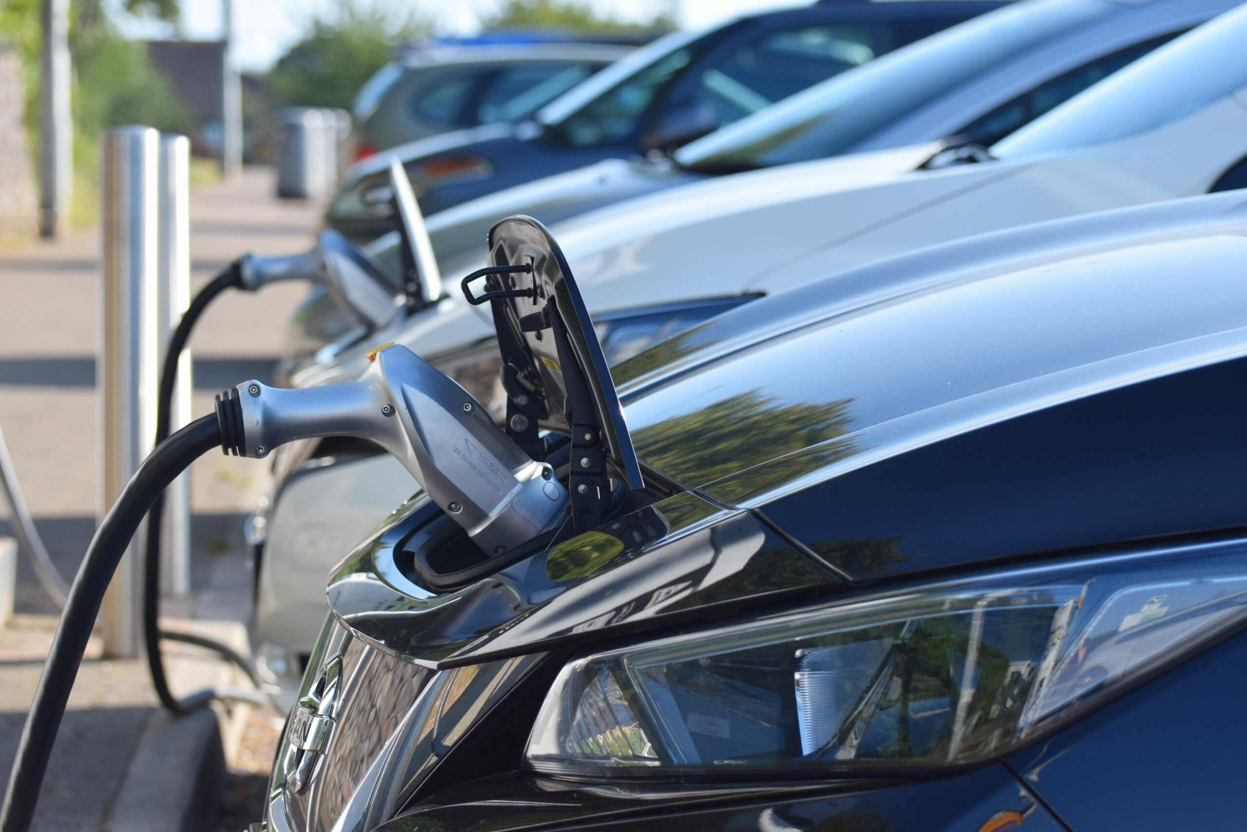 Drivers think electric vehicles are too expensive, study reveals